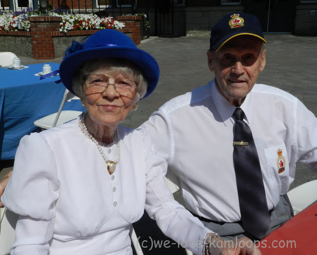 Mr & Mrs Dagert pose for a photo on their 65th wedding anniversary