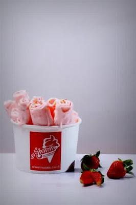 Menangkal Virus Penyakit dengan Makan Es Krim Hulala Ice