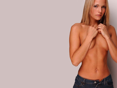 Holly Mcguire Topless Wallpaper