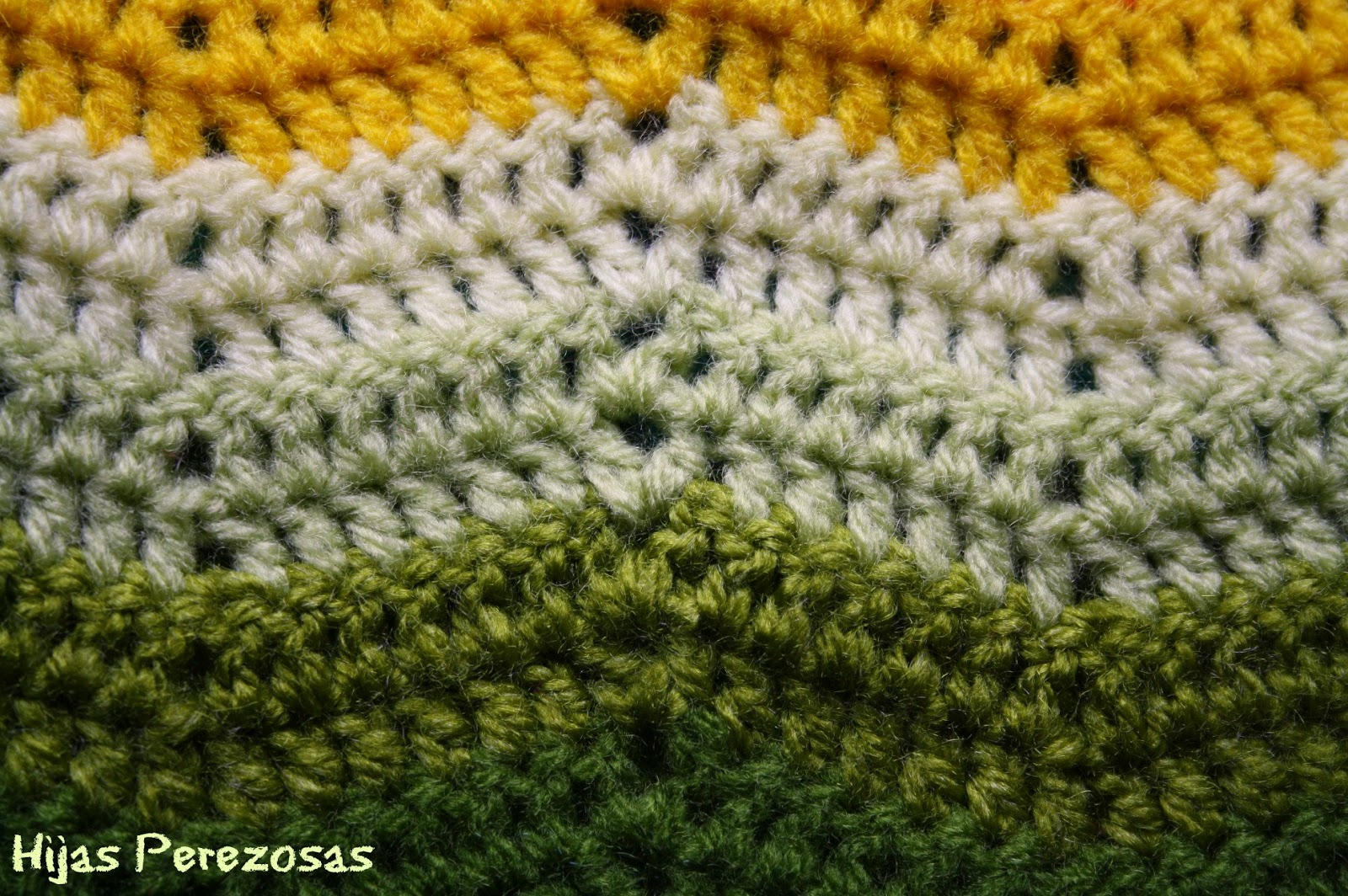 El taller de hijas perezosas manta zig zag de ganchillo - Mantas lana ganchillo ...