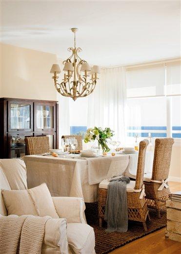Blog by nela decoraci n serena en el salon quiet in the for Decoracion de salones clasicos