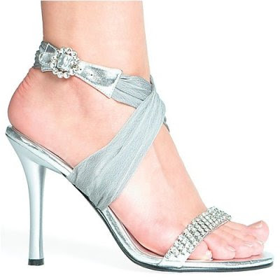 0b7a370fd50714c1 bridal shoes jogja - Designer's Bridal shoes