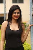 Zara Shah photos at Aithe 2 launch-thumbnail-19
