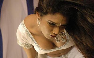 South Indian Actress Hot In Saree
