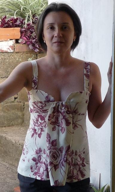 Patrón de costura talla 36 y confección de Blusa Vestido Corte Imperio Burda Style