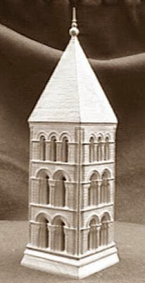 Quinto juego de ajedrez, campanario de San Esteban de Segovia, torre blanca