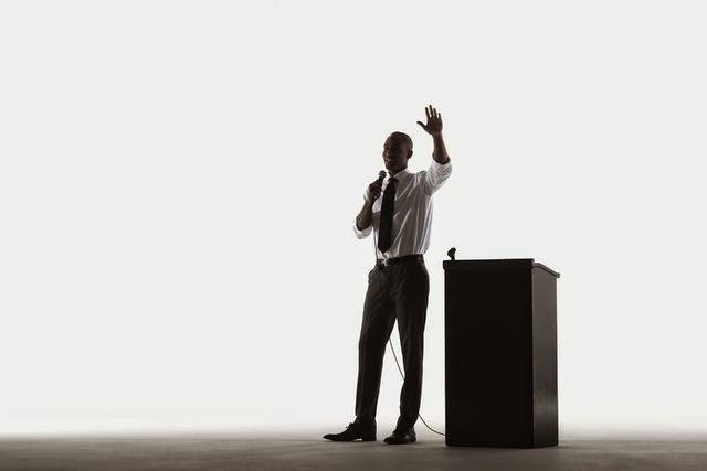 cara melakukan public speaking dengan baik