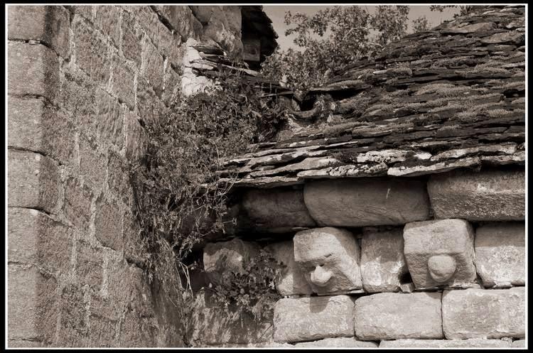 vieilles pierres corréziennes
