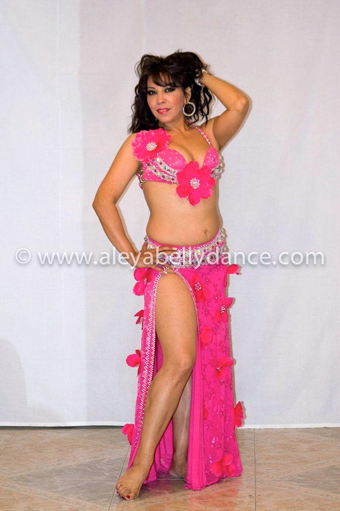 Belly dance mature