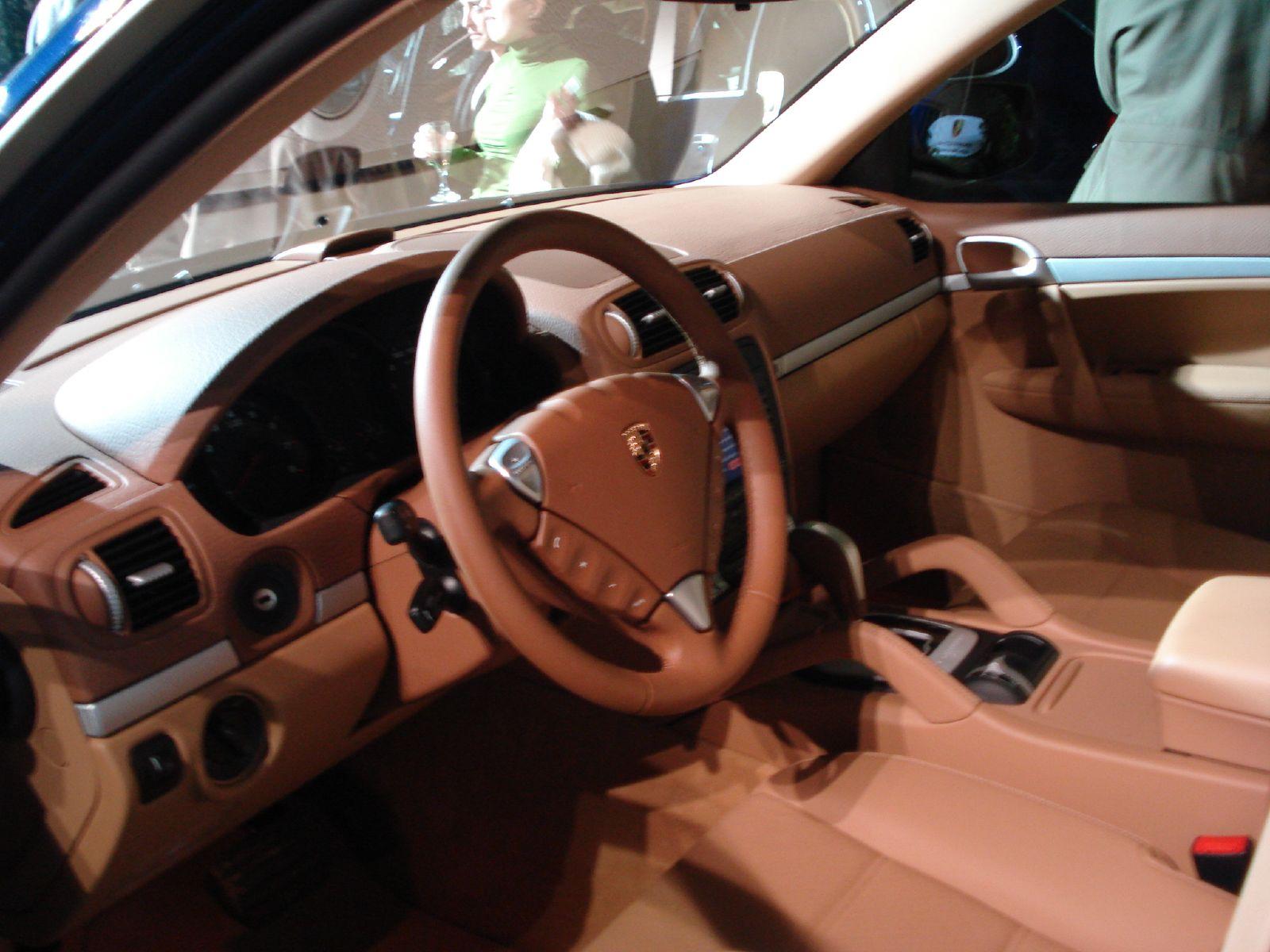 Fast Cars Online Porsche Cayenne Interior