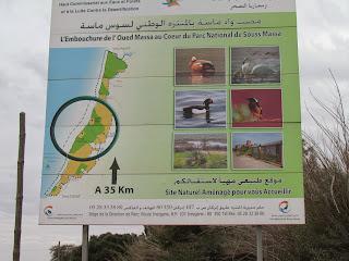 Even onder Agadir valt ons oog op een informatiebord van Nationaal Park Souss Massa