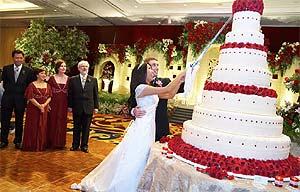 tips-memilih-kue-pengantin