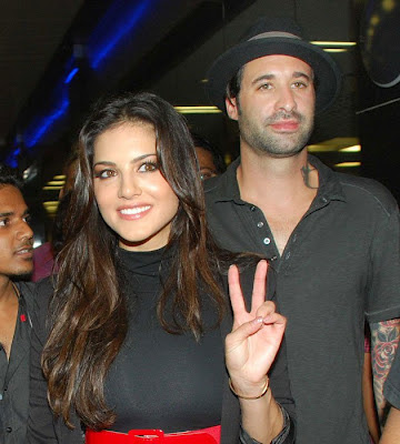 Sunny Leone with her husband in india