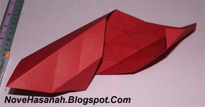 Contoh Kerajinan Tangan dari Kertas : Mempercantik Vas Bunga dari Gelas 5