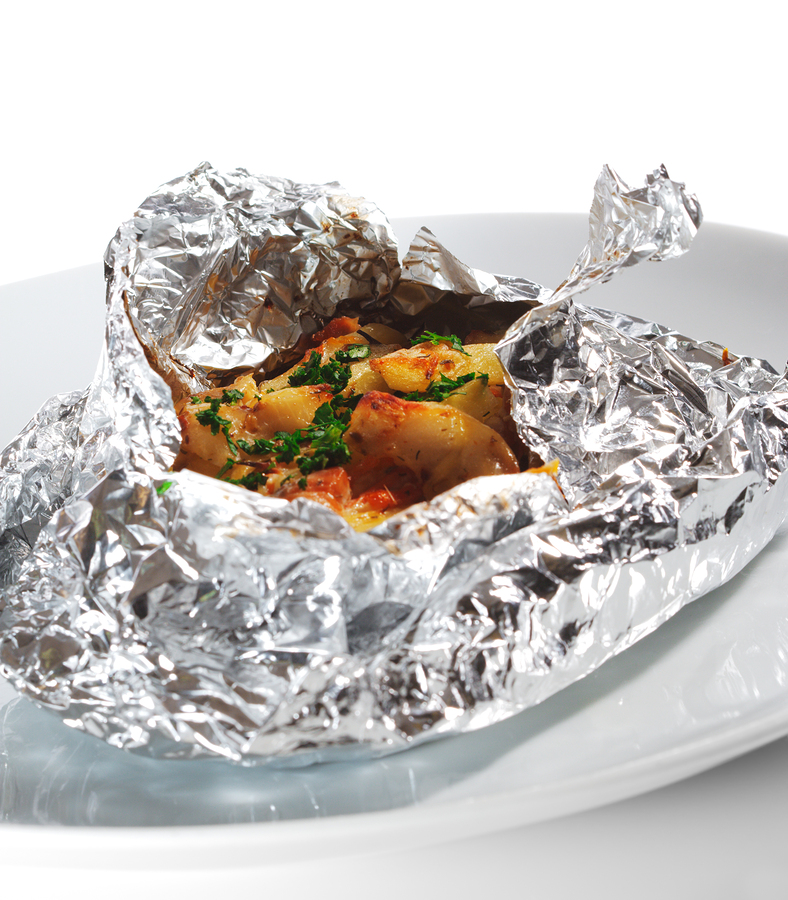 Aluminum foil oven baked fish in aluminum foil for Fish in oven