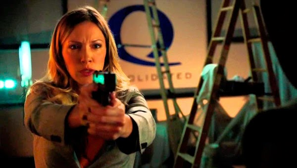 Laurel Lance busca venganza en Arrow 3x02