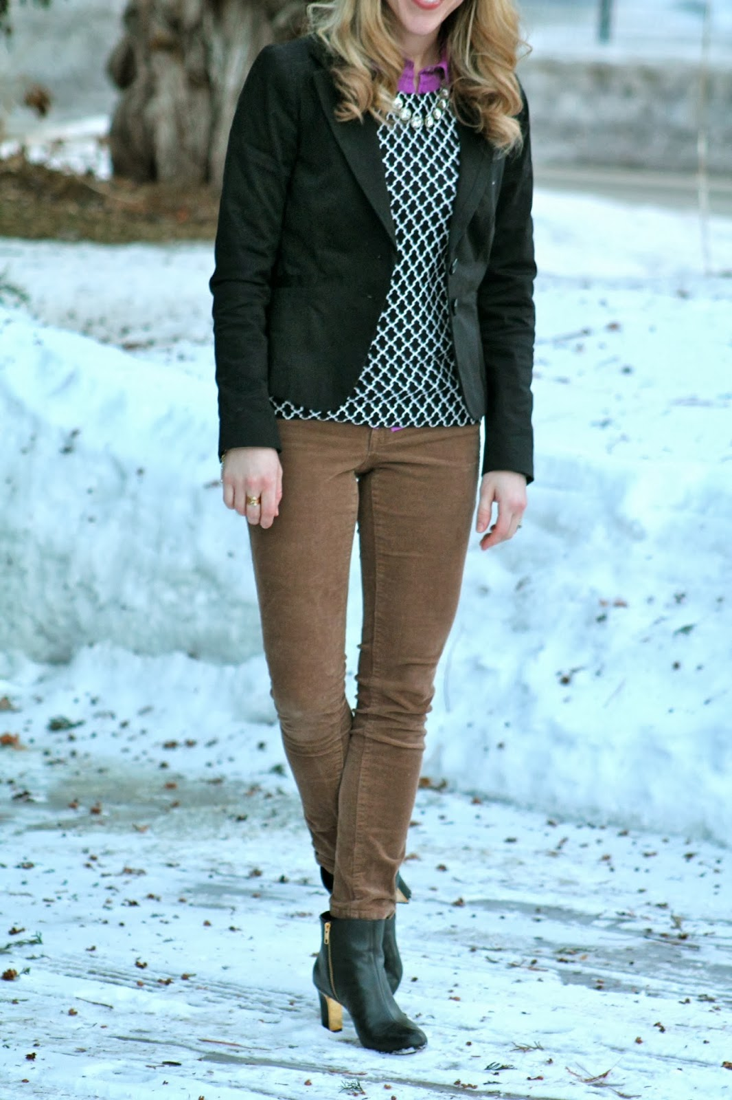 Sweater, Gingham, and Hunter Boots - I do deClaire