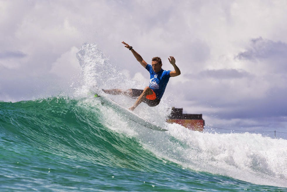 71 Quiksilver Pro Gold Coast 2015 Matt Banting Foto WSL Kelly Cestari