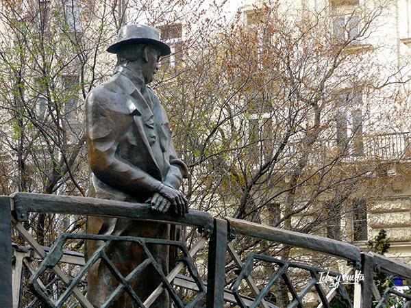 Estatua de Imre Nagy en Budapest