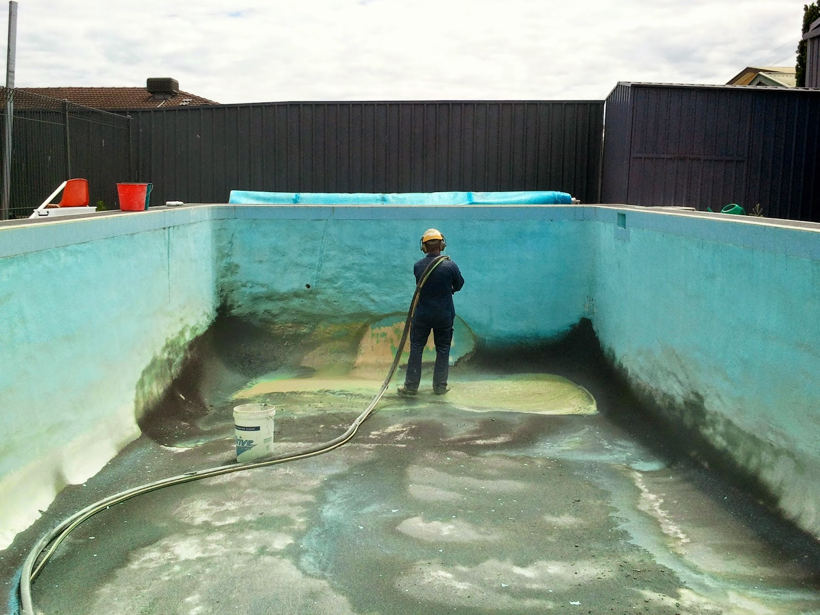 Adelaide abrasive blasting for swimming pools