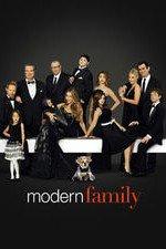 Modern Family S08E22 The Graduates Online Putlocker