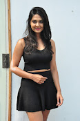 Neha Deshpande at Pochampally Ikat-thumbnail-3