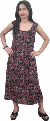 http://www.flipkart.com/indiatrendzs-women-s-a-line-dress/p/itme96v6hsgqdgvx?pid=DREE96V6GHFW4FX3&ref=L%3A656973547008118735&srno=p_16&query=indiatrendzs+party+dress&otracker=from-search