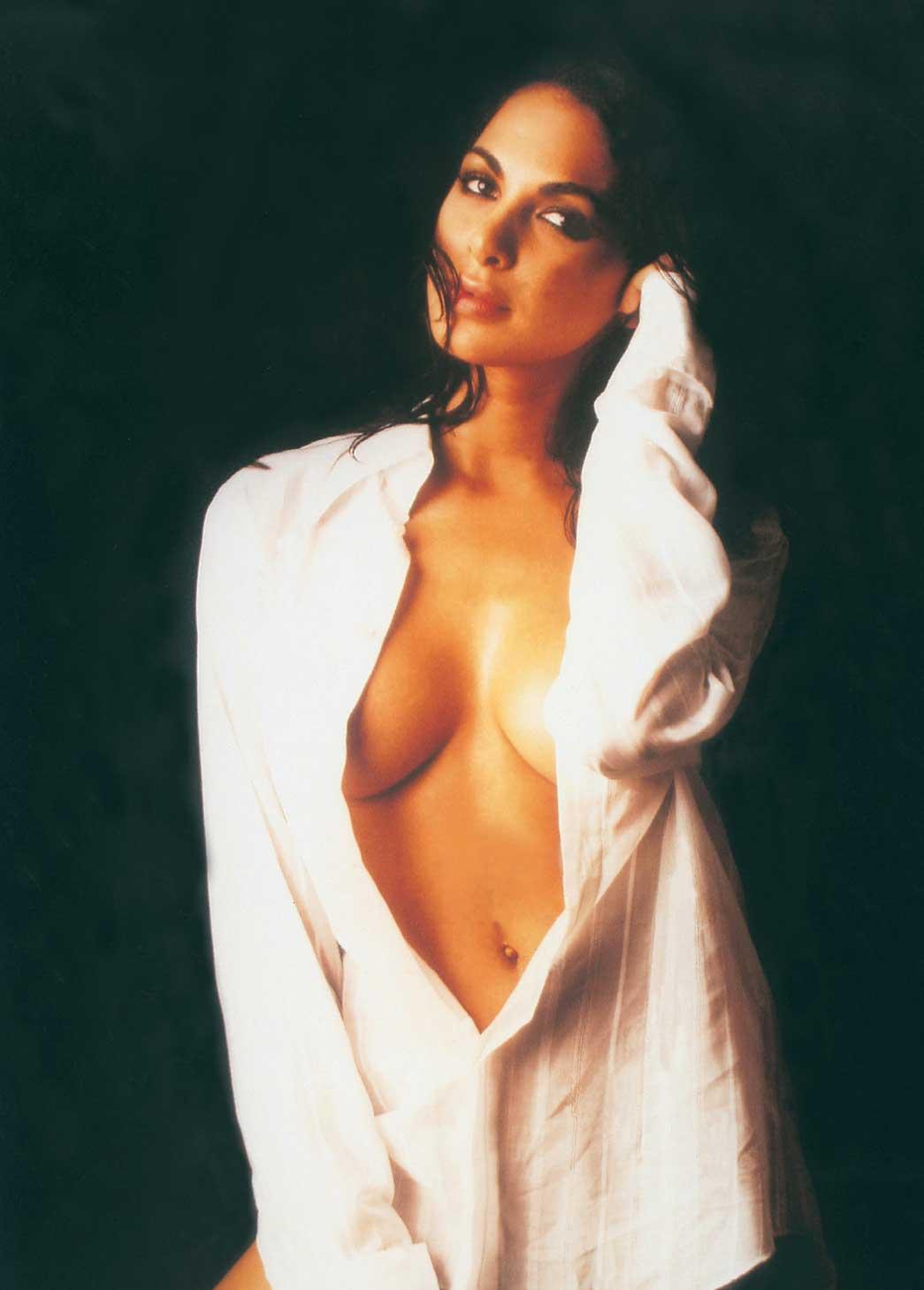 http://1.bp.blogspot.com/-4LCfavwXZrs/Tir5lSJj2HI/AAAAAAAAAgo/Ov4caerCDXM/s1600/dollys-from-holly.blogspot.com_moran_atias_05.jpg