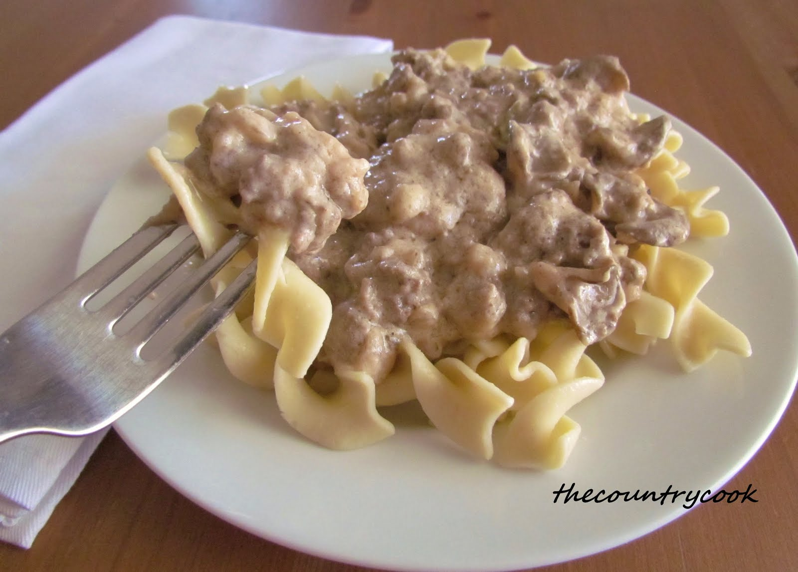 new-recipe-week: Recipe #42 Ground Beef Stroganoff