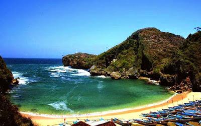 Indahnya pantai baron di Jogja