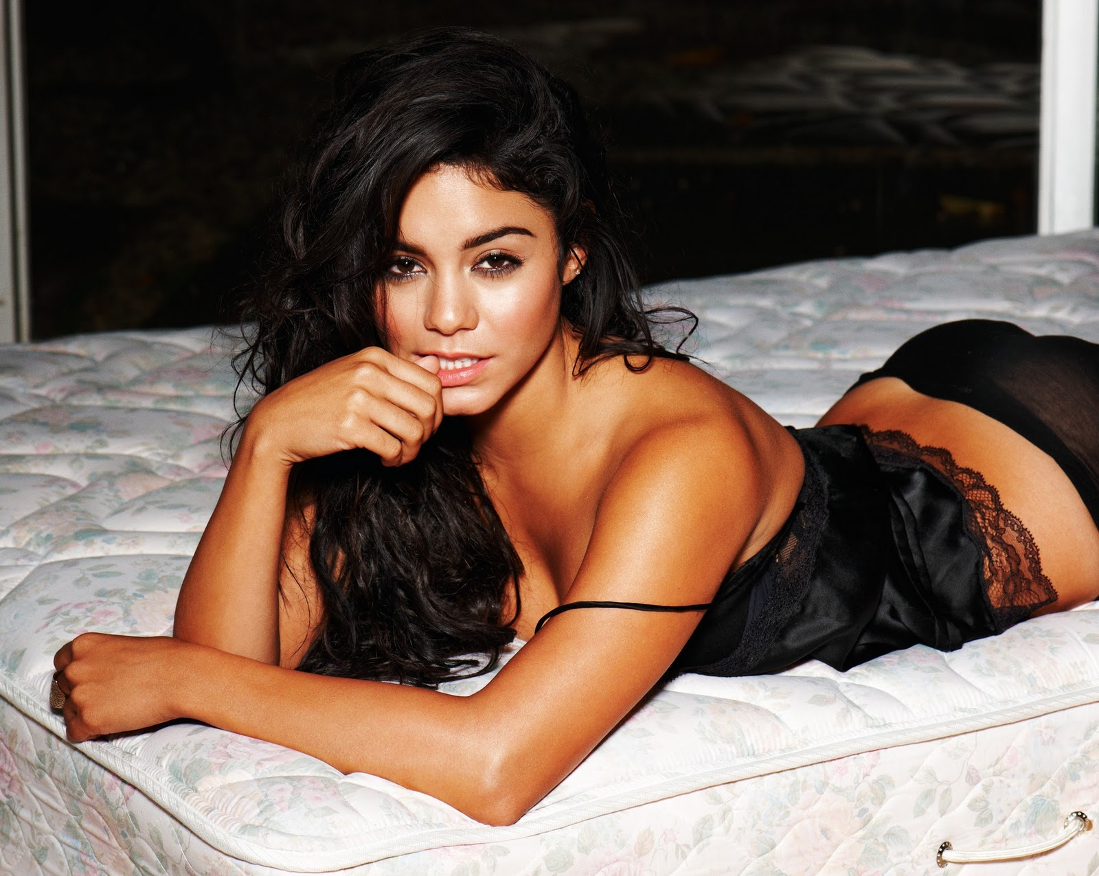 vanessa hudgens hot hd - photo #16