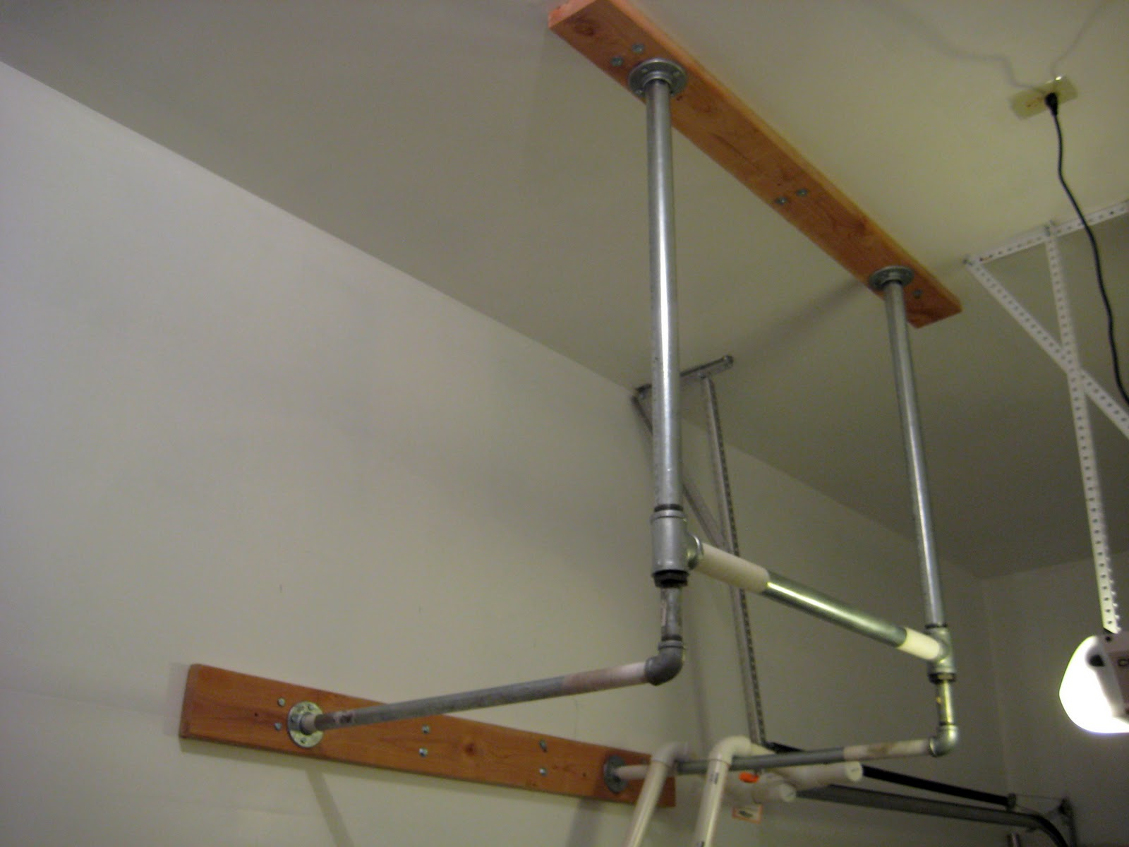 Constantly varied crossfit garage gym diy pull up bar