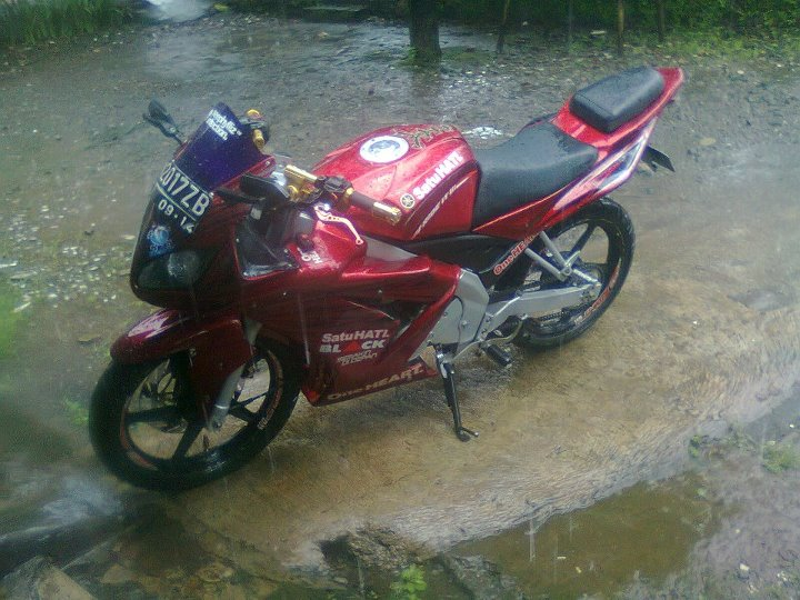 Modif Yamaha R1