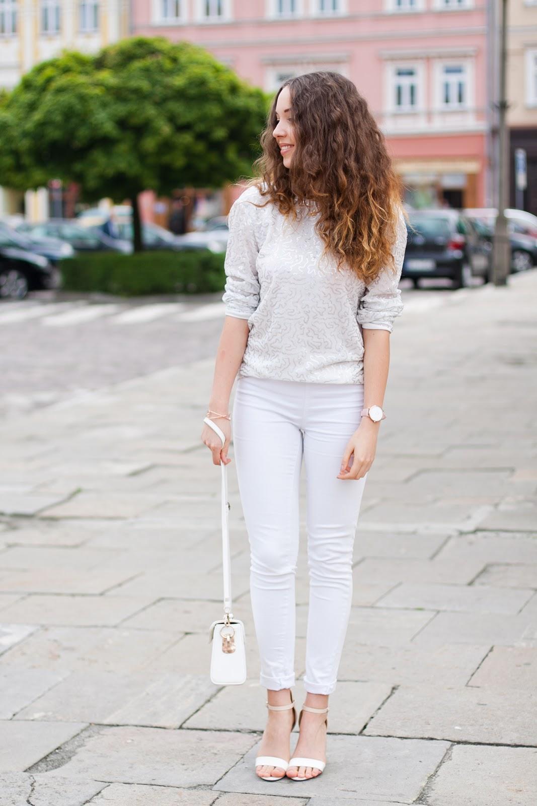 jak nosić biel razem