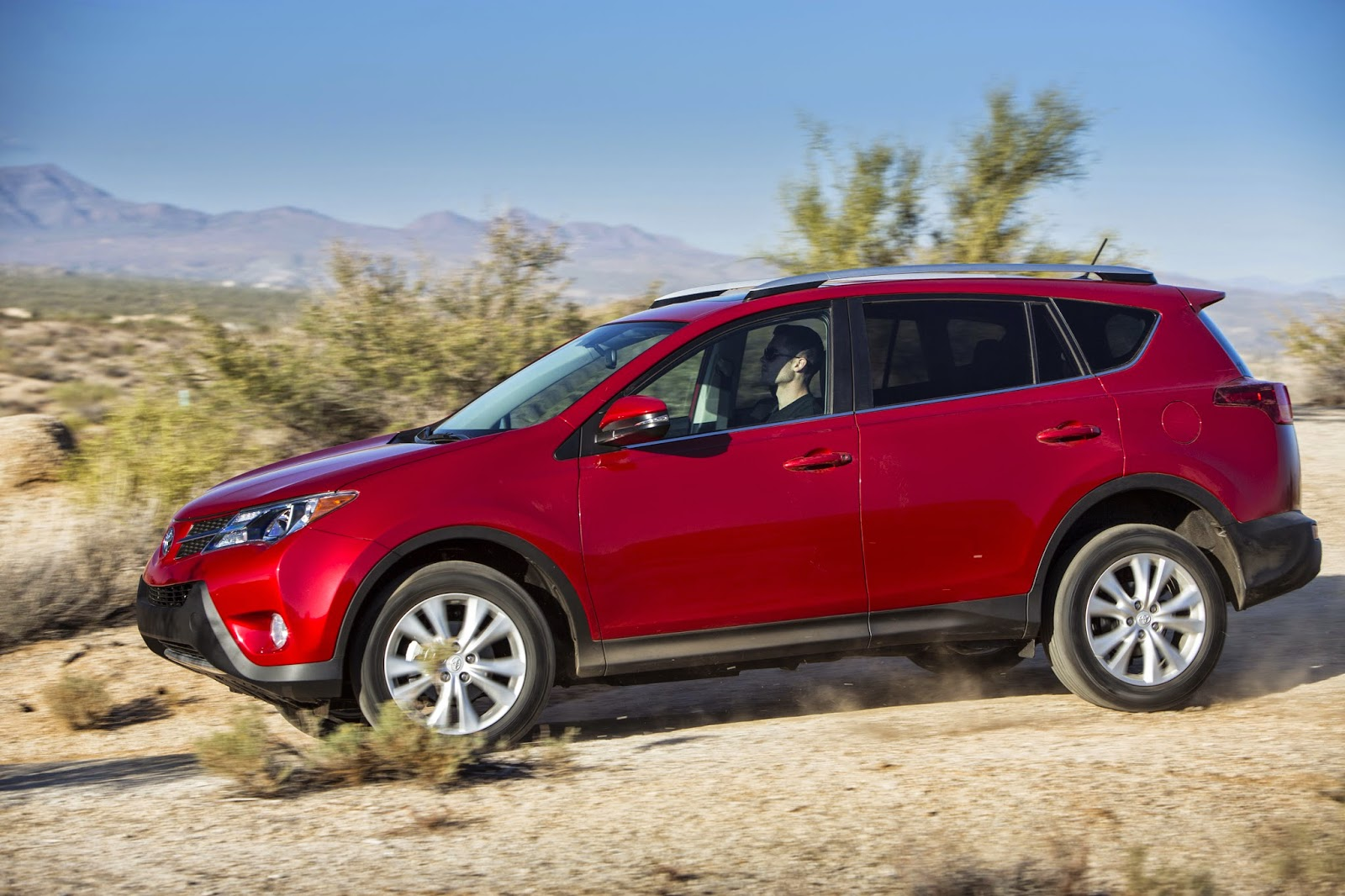Side view of 2015 Toyota RAV4 Limited AWD