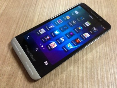 BlackBerry Z30 Resmi Hadir di Indonesia