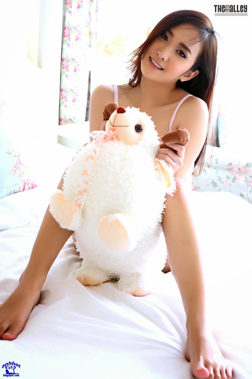 lolita-cheng-64-027