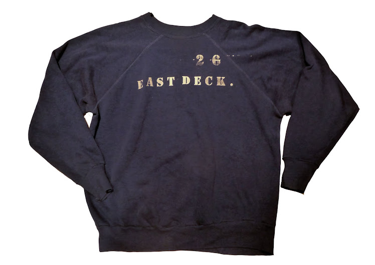 EAST DECK 26 DETAIL NAVY SWEATSHIRT