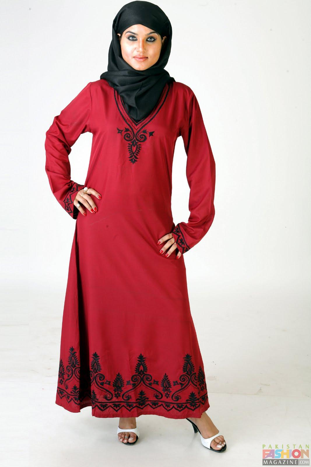 Beautiful When Many People Think Of Fashion And Style Only Prominent  It Doesnt Mean That You Should Dress Up Like A Ninja Or That You Have To Wear An Abaya The Black Robe That Arab Women Wear As Most People Think So As Long As You Keep