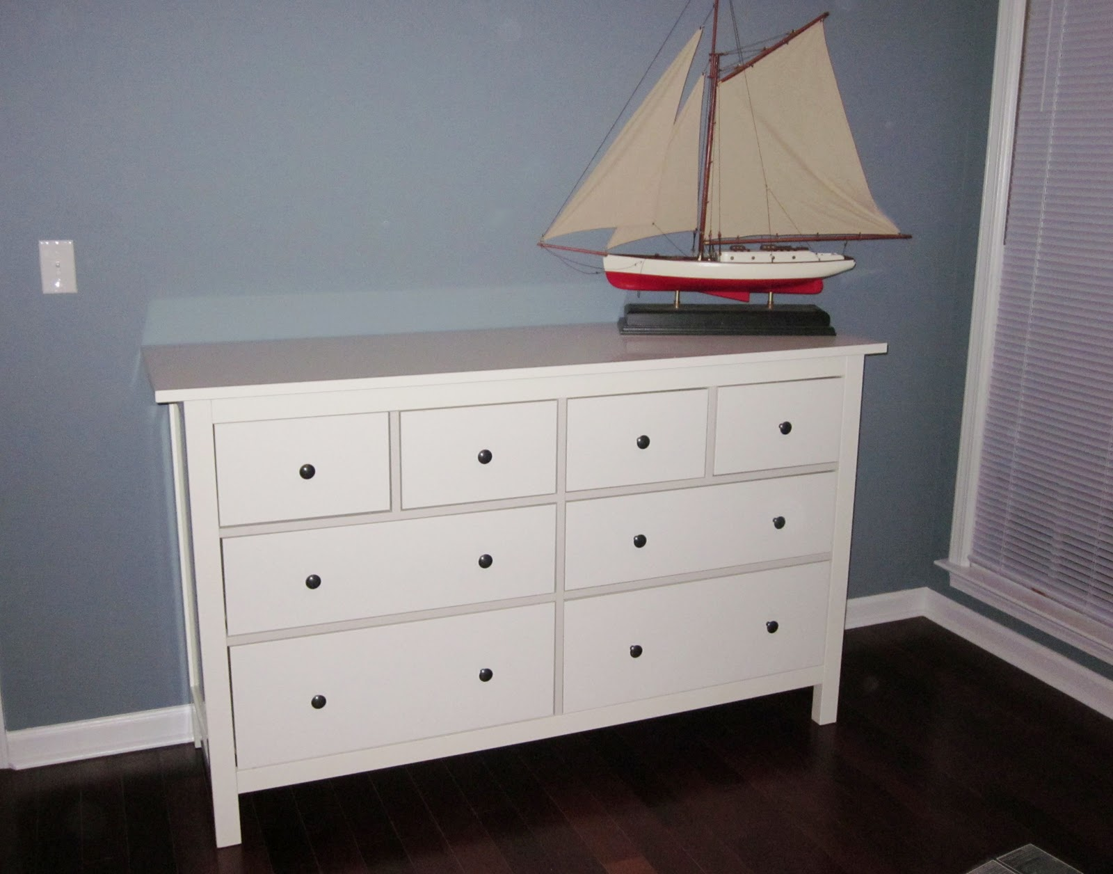 ikea dresser reviews hemnes. Black Bedroom Furniture Sets. Home Design Ideas