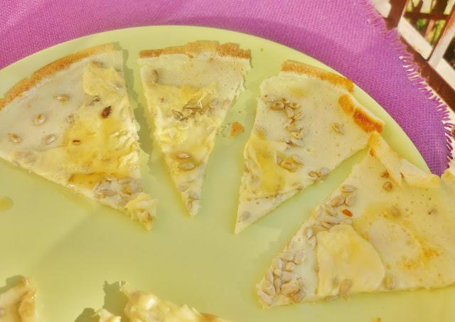 Naleśniki miód ser słonecznik