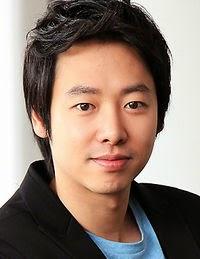 Biodata Kim Dong Wook pemeran Kim Eun-gi