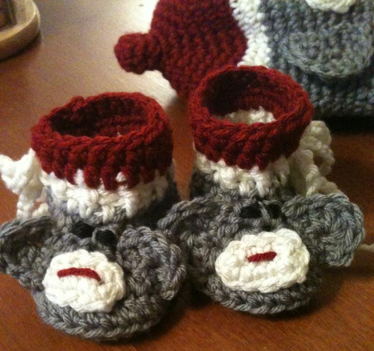 Crochet Baby Sock Booties Pattern : Bizzy Crochet: Baby Stuff- the OTHER obsession