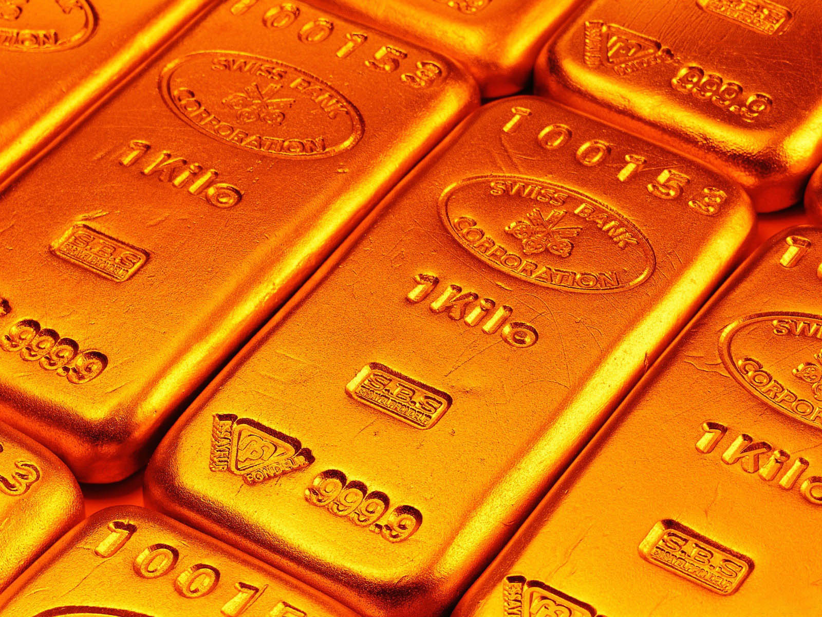 http://1.bp.blogspot.com/-4NPdNJKQ0ZA/UHbVMf4BbjI/AAAAAAAALWQ/JehoYlbWDzo/s1600/Gold+Wallpapers+2.jpg