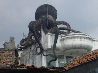 Mawar Hitam Menguak Misteri Gereja Bandung