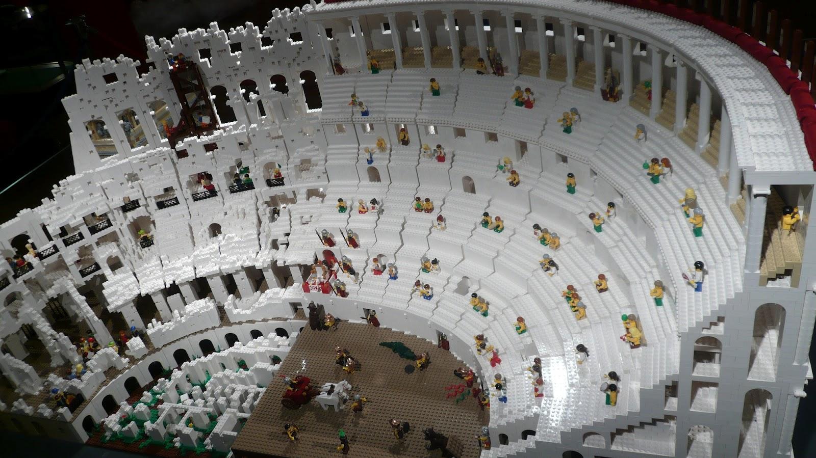 Massive 200,000-Piece Roman Colosseum Is the Most Impressive Lego ...