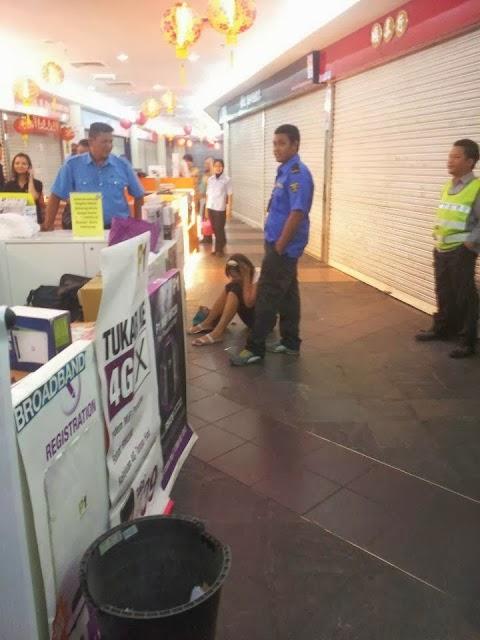 Pelanggan P1 Wimax Mengamuk Di Kaunter Selayang Mall