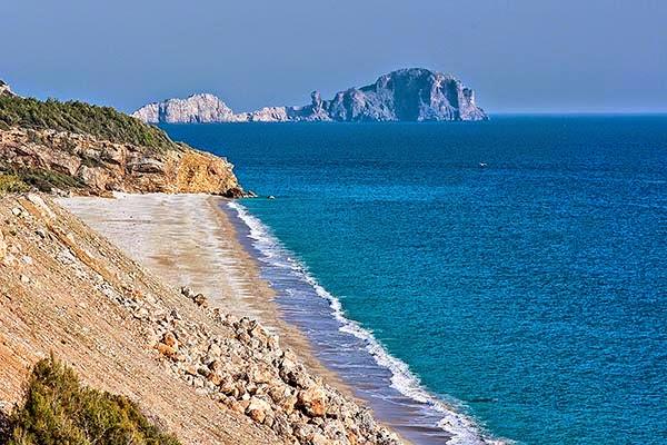 Stunning Sand, Terrific Turquoise