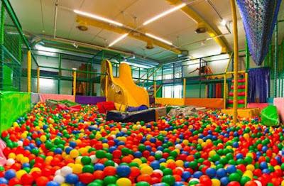 Peluang usaha playground mandi bola anak image