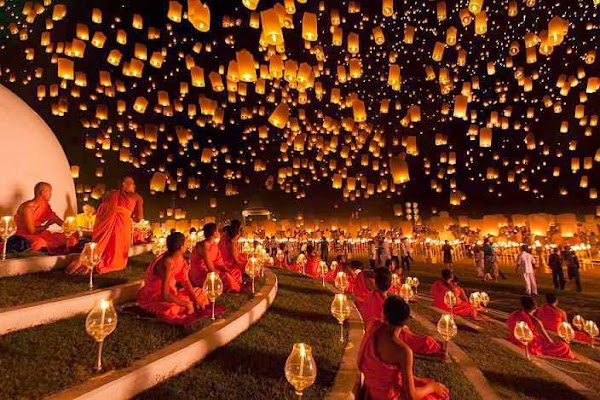 The Loi Krathong festival (Thailand)